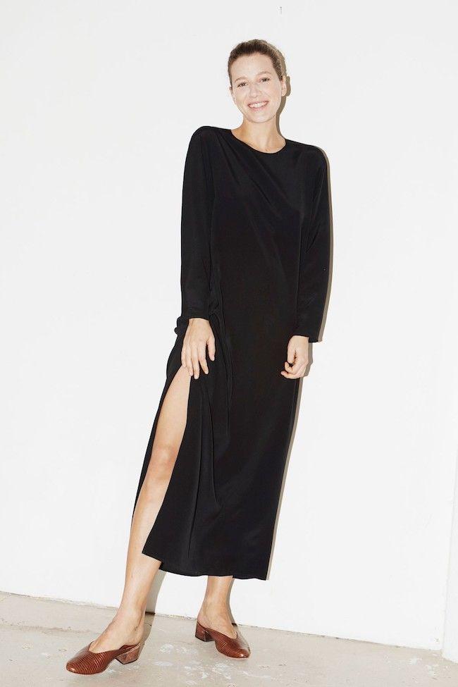 Молодой Нью-Йоркский бренд Datura представил коллекцию простых сатиновых вещей на каждый день - журнал о моде Hello style