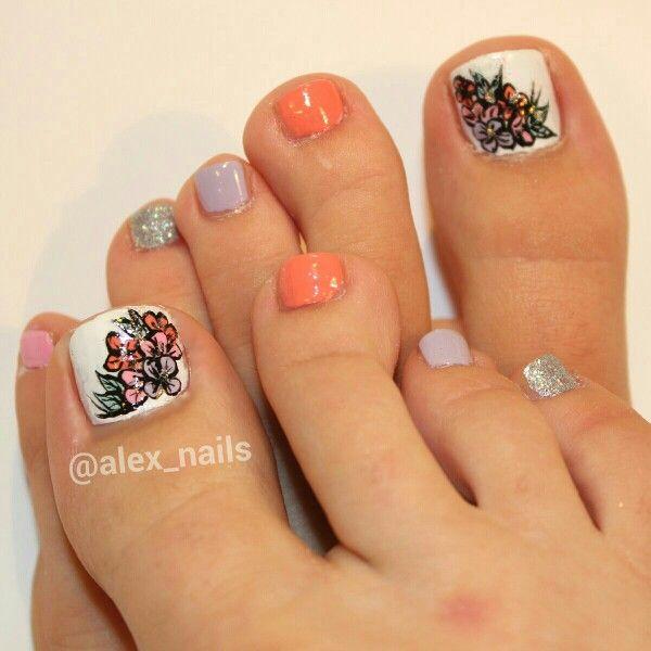 25+ Best Ideas About Flower Toe Nails On Pinterest
