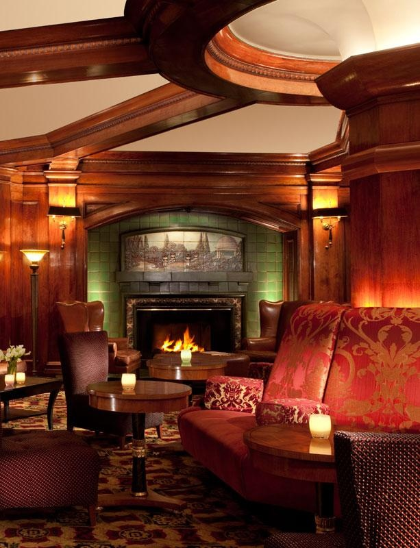 Love this 19th century old gentleman's club decor,