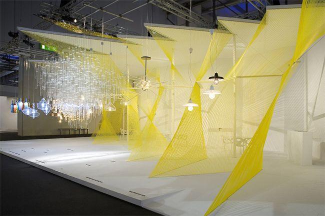 Stand para Lasvit-Euroluce de Studio Pha tension hilos mas menos densidad
