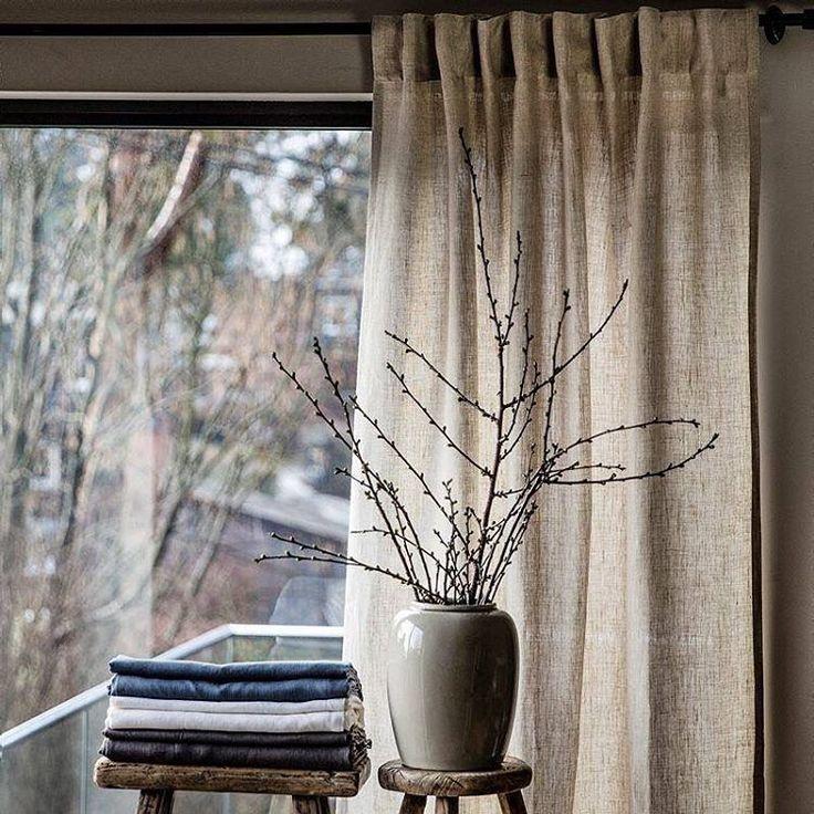 Klassisk lingardin som passer perfekt i alle husets rom, finnes i 4 vakre farger. Ord.pris 799,- per lengde, nå 499,- Tilbudet gjelder t.o.m 1.april