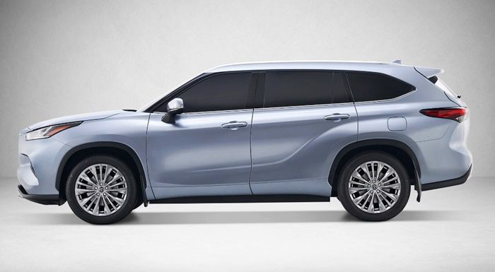 2020 Toyota Highlander Release Date Canada After Teasing The Upcoming 2020 Highlander Earlier This Month With A Short Video Clip Of The Model Pres Carros Auto