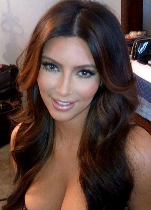 Kim Kardashian Sexy Long Hairstyle with Layers | Hairstyles Weekly