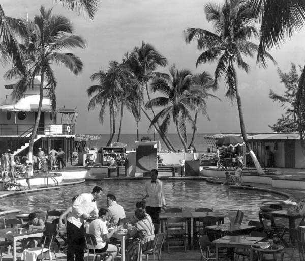 Florida Memory - Outdoor cafe and pool area of the Raleigh Hotel - Miami Beach, Florida