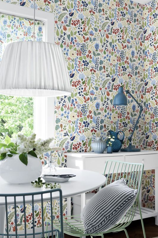 Wallpaper: Herbarium by Boråstapeter From a design by Stig Lindberg Underbar…