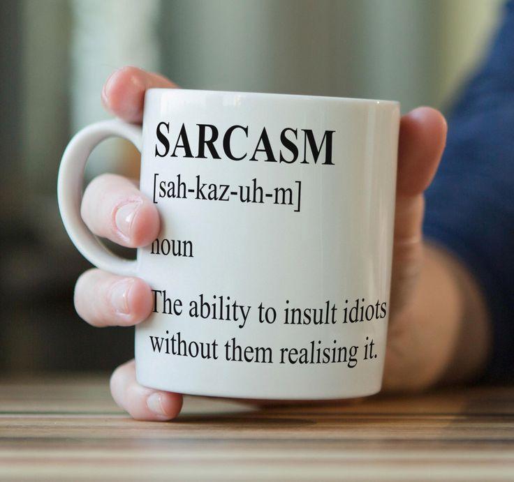 Sarcasme définition insulte cadeau drôle parodie Mug en céramique Meme par Gwenys sur Etsy https://www.etsy.com/ca-fr/listing/276153822/sarcasme-definition-insulte-cadeau-drole