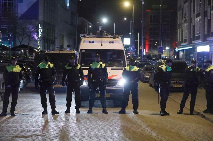 Türkei: Niederländisch Polizei stoppt Konvoi türkischer Diplomaten