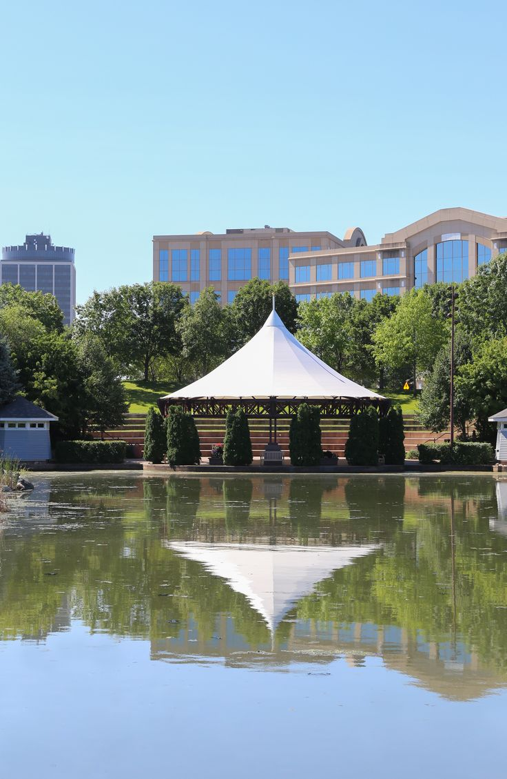 With a 24-acre park and pond, Centennial Lakes Park offers the ultimate urban escape.