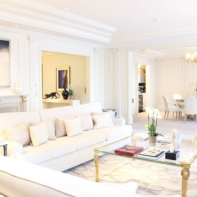 Petite visite des plus belles suites du @fsparis sur GOUTDFOOD.COM  | Guided tour of the most beautiful suites of @fsparis now on GOUTDFOOD.COM  #beautifulhotels #fsparis