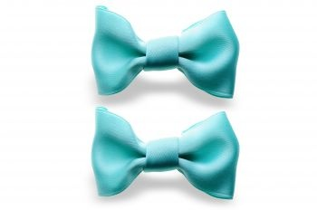 Fashion mint bows give your style a little of freshness!  http://mysfashion.com/