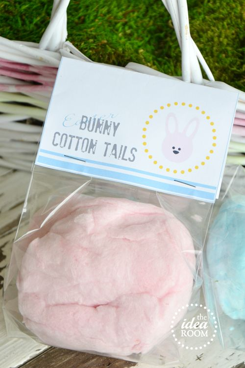 Easter-Bunny-Tails with cotton candy and free printable ... super cute idea for preschool