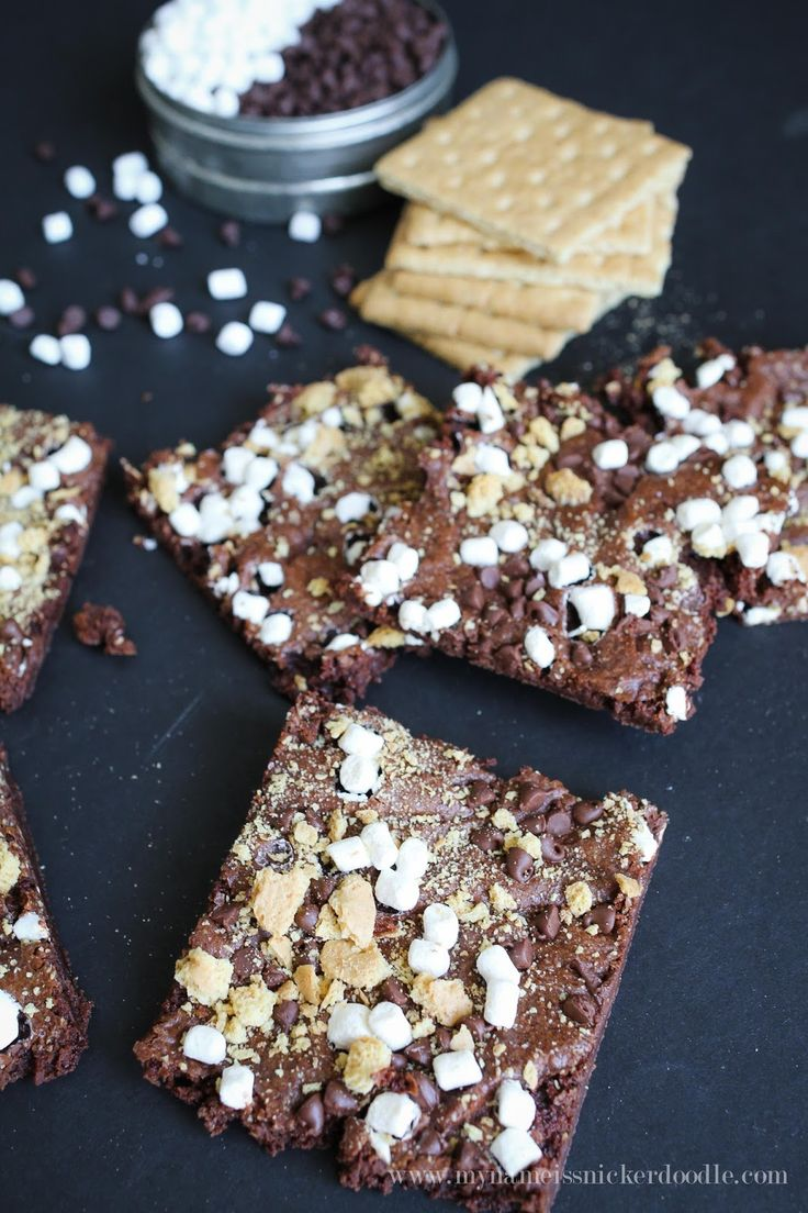 S'more Brownie Brittle » Lolly Jane