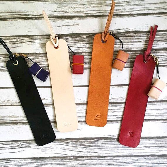 Personalised leather bookmark x minidori charm Set by Pellestudio