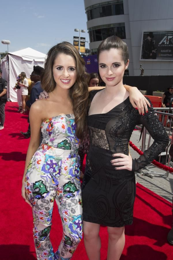 On Saturday (April 30, 2016), the 2016 Radio Disney Music Awards (RDMA) took place, and everyone looked to have a great time! The winners were announced (se