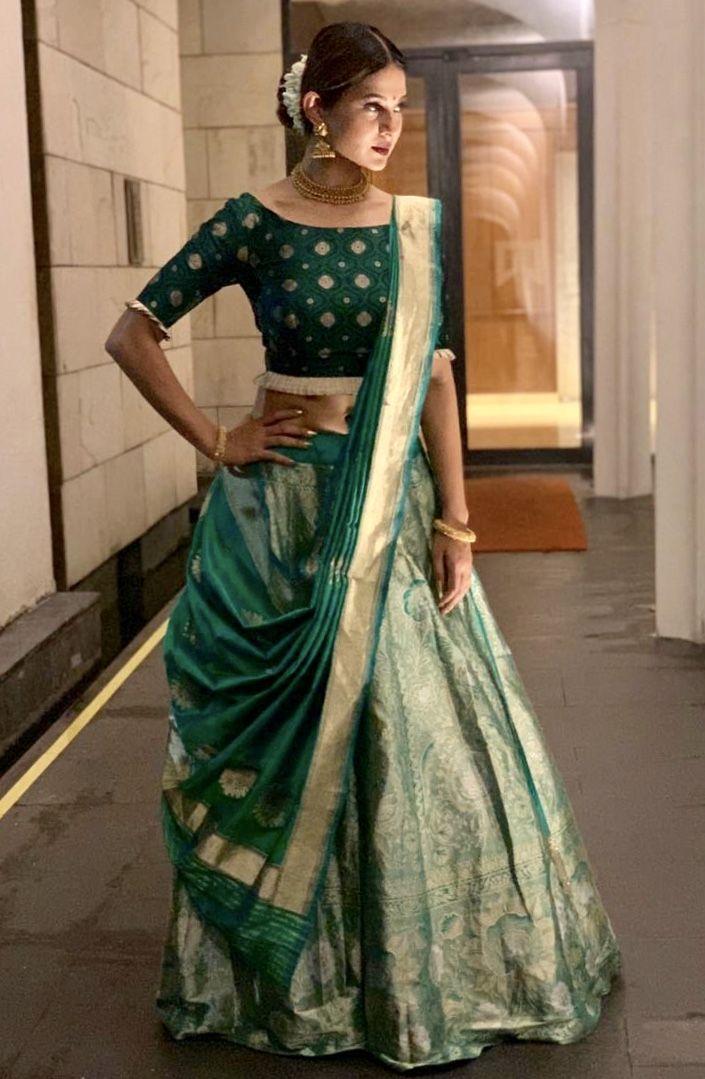Jennifer Winget In Warp N Weft Banarasi Teal Blue Khinkhwab Lehenga For Durga Puja I Saree Wearing Styles Indian Designer Outfits Indian Saree Blouses Designs