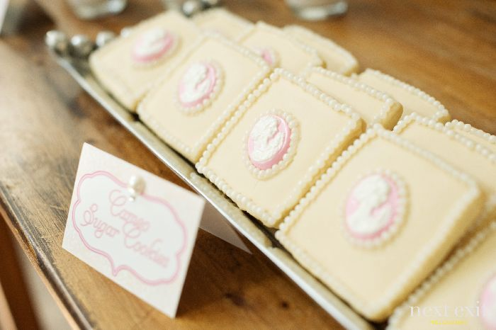 Cameo cookies...another jewelry party snack