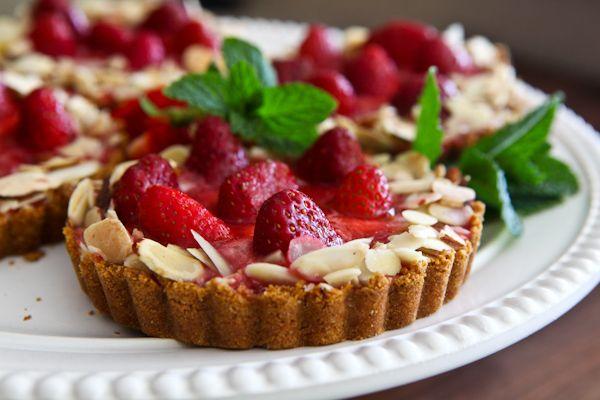 Strawberry Almond Cream Tart recipe by Steamy Kitchen