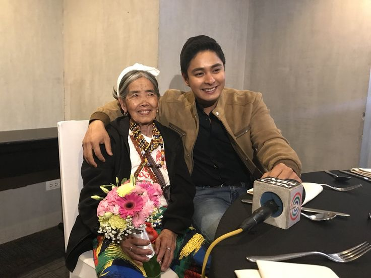 National treasure tattoo artist, Whang Od meets famous actor Coco Martin.