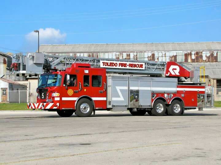 17 Best Images About Fire Engines On Pinterest Trucks