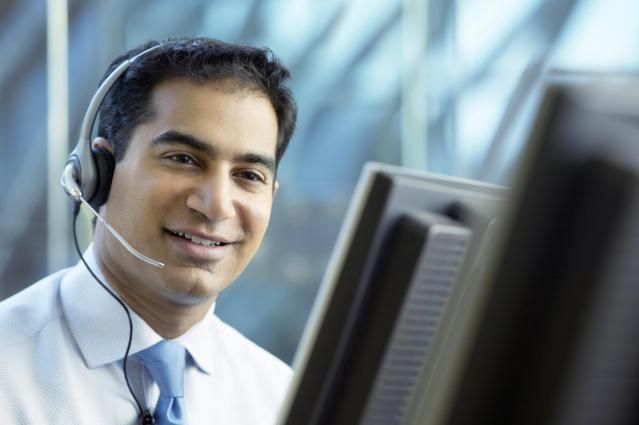 For work from home jobs in call centers based in Orlando, Miami, Tampa or anywhere else in Florida (FL), look through this list of companies that hire virtual call center agents in Florida.