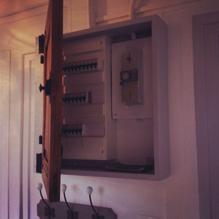 17 meilleures id es propos de compteur lectrique sur pinterest boitier electrique prise. Black Bedroom Furniture Sets. Home Design Ideas