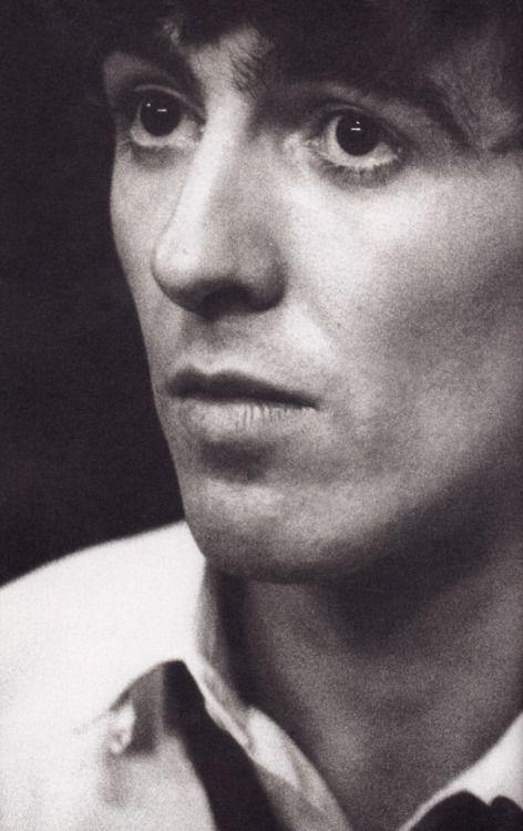 George Harrison. Beatle Forever! God Bless U!              *****Murilo Vidal.