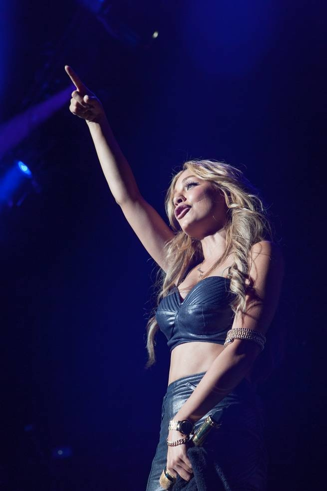 Havana Brown live with Pitbull at Red Rock Resort