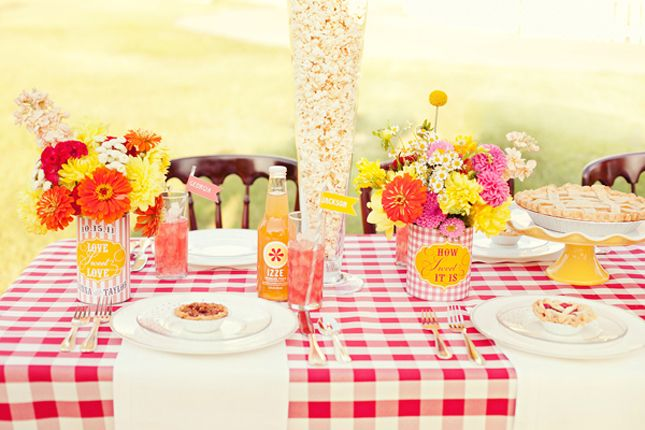Adore this State Fair wedding table setting. #entertaining