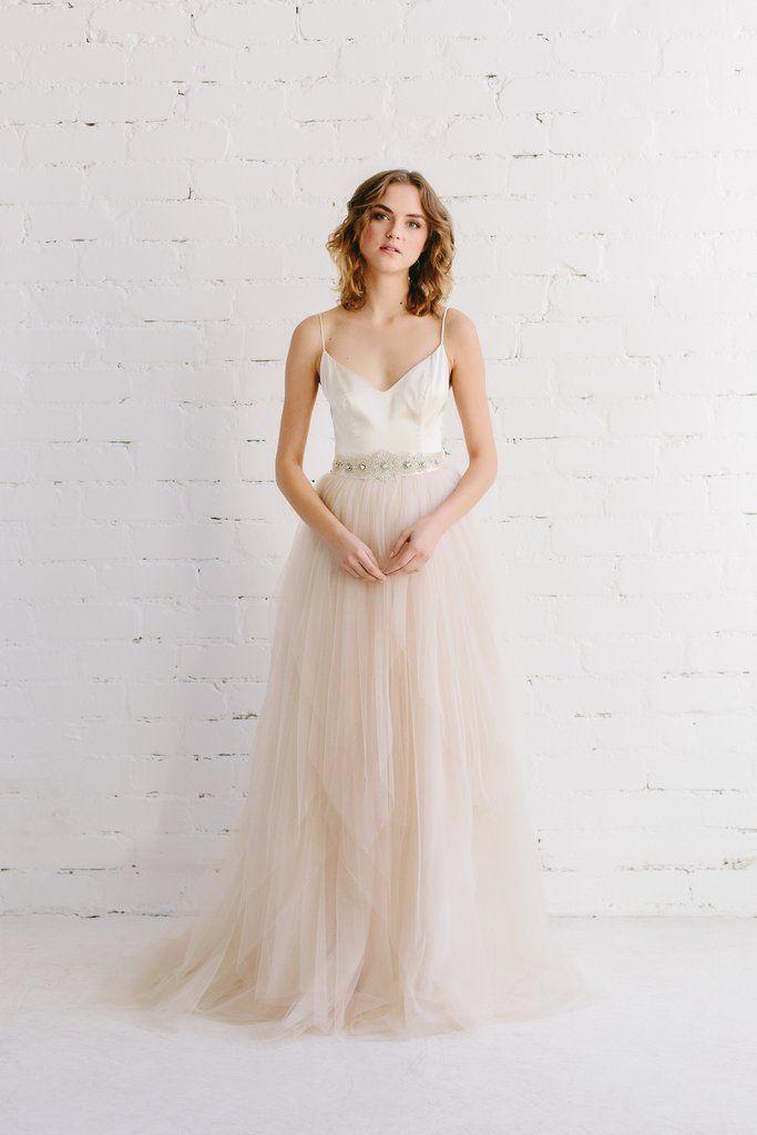 8 best Wedding Dresses images on Pinterest | Wedding dressses ...