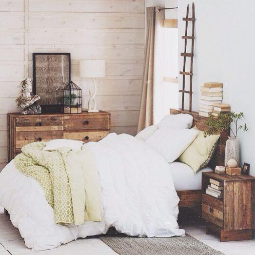 Best 25+ White Comforter Bedroom Ideas On Pinterest