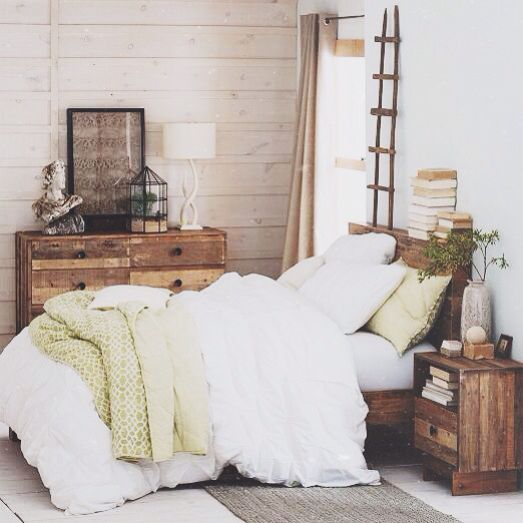 25 best ideas about white comforter bedroom on pinterest apartment bedroom decor white - Best rustic interior design ideas beauty of simplicity ...