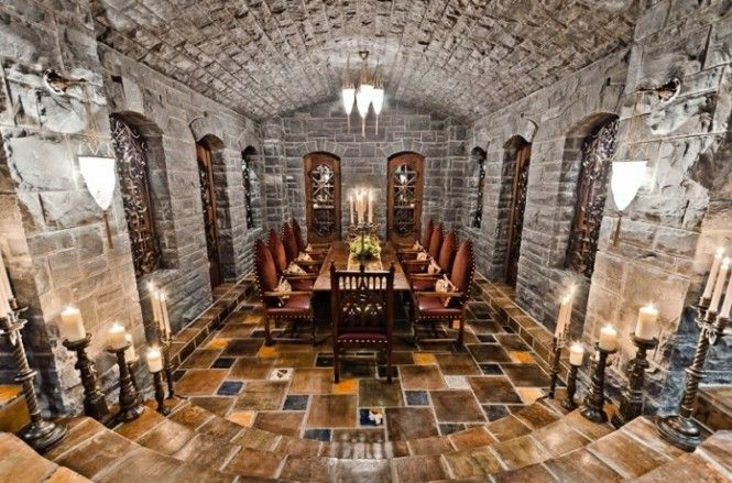 A vaulted stone wine cellar with integrated tasting room. It looks like it's in a dungeon! The era of the Knights!!!
