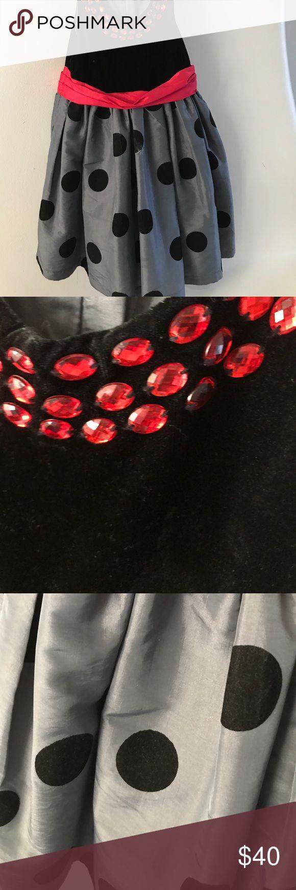 Black velvet evening dress for girls size 7 Black velvet upper and polka dot skirt, Red rhinestone trim collar, tulle under layer for added fullness pumpkin patch Dresses Formal