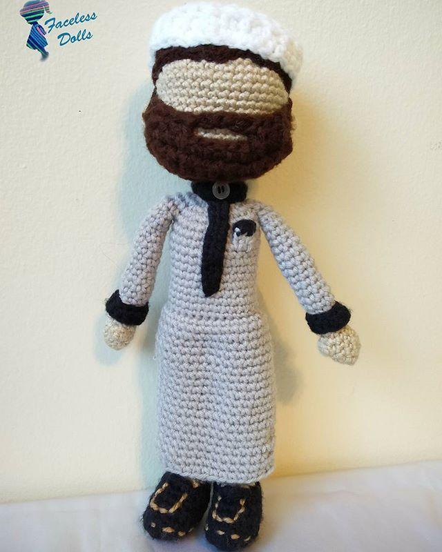 Amigurumi Crochet Dress : 1000+ images about Faceless Islamic Amigurumi Crochet Doll ...