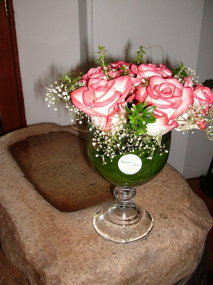 Copa con rosas