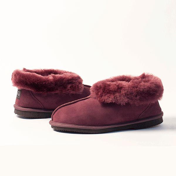 Raisin UGG Slippers #raisin  #sheepskin #ugg #boots #slippers #uggboots #australia #aussie #australian