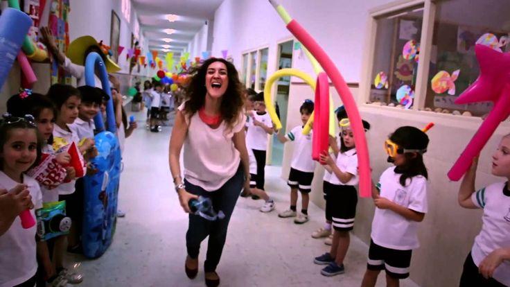lip dub Colegio Niña María-Adoratrices - happy song