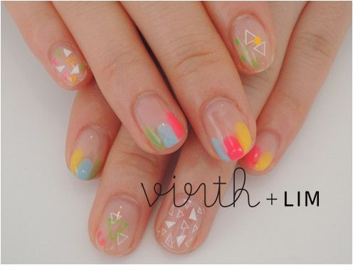 atelier+LIM : hand nail detail, manicure with tiny traingles and dots.