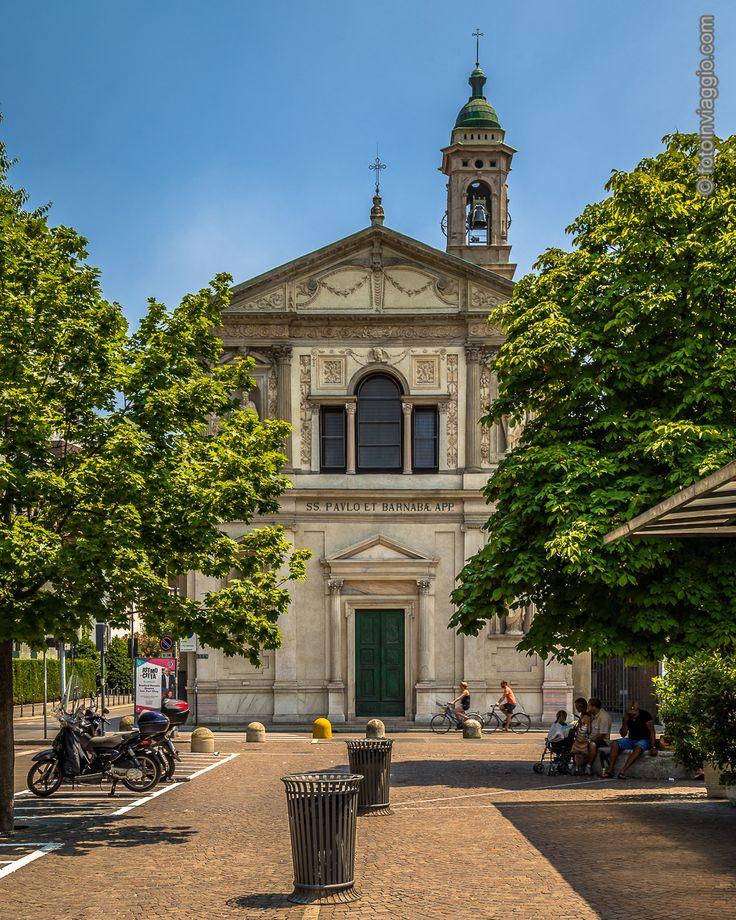 Chiesa di San Paolo e Barnaba   Milano (MI) - Italia ##########################Passeggiando con la fedele #nikond610 durante la mia #estateincittà mi ritrovo davanti alla chiesa di #sanbarnaba  #fotoinviaggio #nofilter #Europa #Europe #italy #italia #lombardia #milan #milano #davedere #davedereamilano #milanoturismo #turismointerno #monumenti #chiesa #arte #nikonitalia #nikon #nikonphotography #lightroom