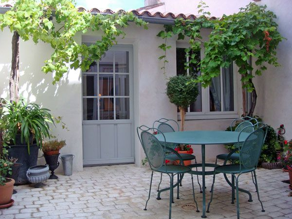 Places to stay on Ile de Re - a gorgeous island off the west coast of France with gentle sloping sandy beaches and miles upon miles of cycle tracks.