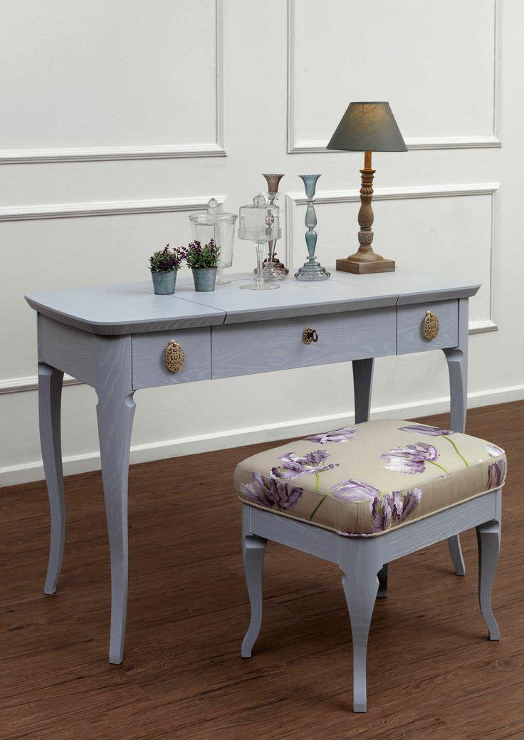 Traditional dressing table - GINA by Joe Gentile - GALIMBERTI NINO, http://www.galimberti.it/en/dettaglioprodotto/gina.aspx