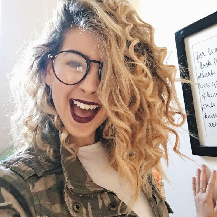 Curls Glasses Zoella Lipstick so pretty