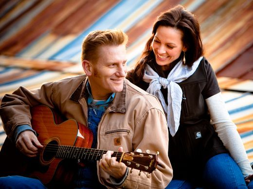 A promotional shot for Joey and Rory Feek's 2007 album