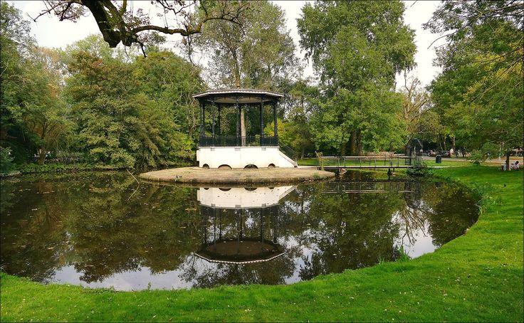 Muziektempel in het Vondelpark, Amsterdam...