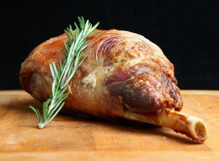 Les 10 astuces pour une cuisson parfaite du gigot d'agneau au four