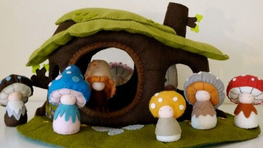 Sweet and very effective. Waldorf Inspired Shroompers Dolls And Dollhouse Encourage Imaginative Play | Inhabitots
