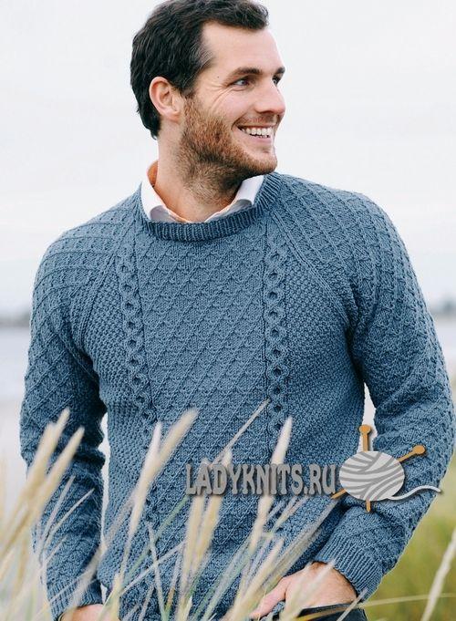 Вязаный спицами мужской свитер реглан