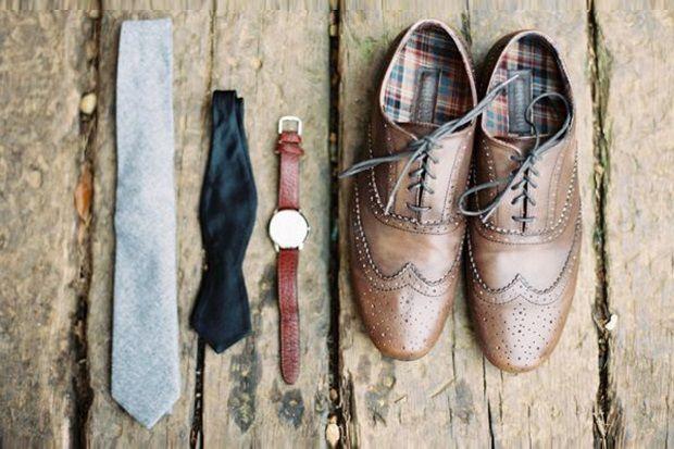 15 Stylish Groom Accessories for a Fall Wedding on weddingsonline.ie
