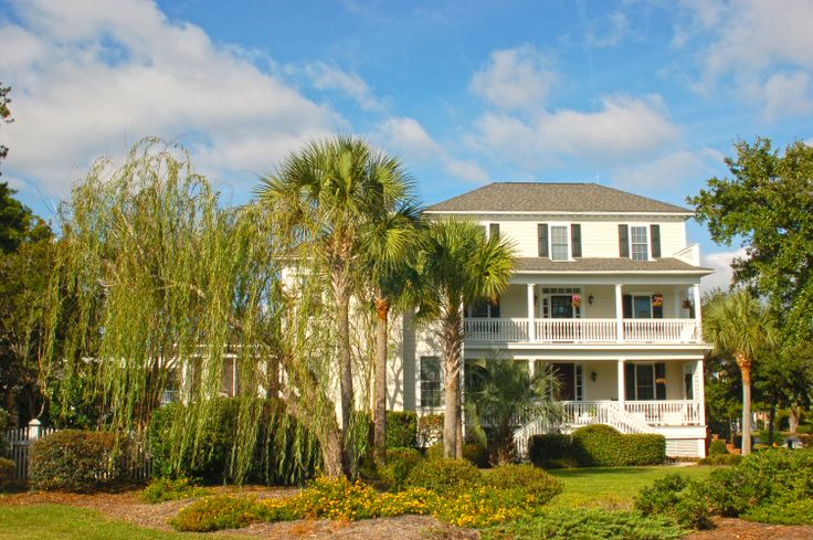 http://www.goldenbearrealty.com/sc/mount-pleasant/belle-hall.php Belle Hall Plantation homes #BelleHall #MountPleasantSC