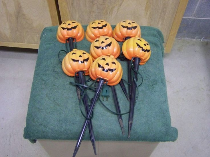 7 Halloween Pumpkin Pathway Light Stakes Lawn Walkway